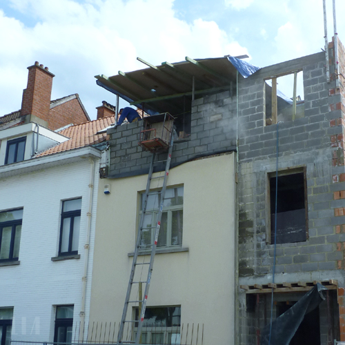 Rehausse d 39 un tage et extension d 39 une maison for Extension maison etage